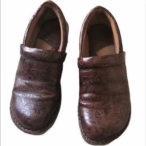 B.O.C Born Concept tooled leather flat loafers 7.5